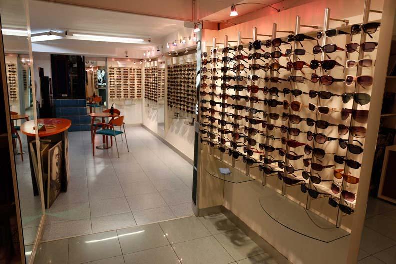 instalaciones-optica-santa-otilia-huelva-231