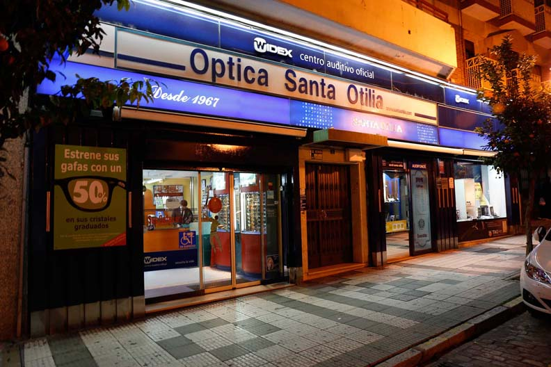 instalaciones-optica-santa-otilia-huelva-331